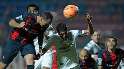 San Lorenzo y Liga de Quito se despiden de la Libertadores con empate