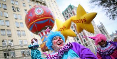 Nueva York se prepara para el icónico Desfile de Thanksgiving de Macy's