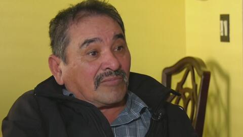 Se presenta en corte a pedir clemencia el abuelo incapacitado que recibió una orden de deportación