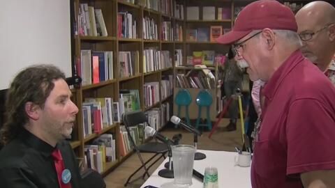 Opositor cubano presenta en el sur de Florida el polémico libro 'Espantado de todo me refugio en Trump'