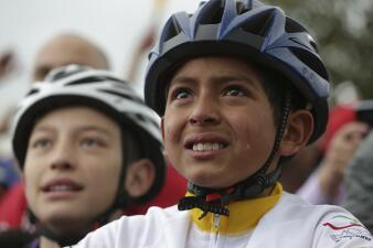 En fotos: Así vivió este pueblo colombiano la virtual victoria de su campeón en el Tour de Francia
