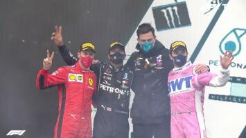 ¡Maravilloso! Podio para Sergio Pérez y título para Hamilton