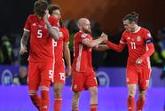 Gales vence a Azerbaiyán y continúa con vida rumbo a la Eurocopa