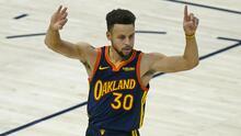 Stephen Curry rebasa a su ídolo, Reggie Miller, entre los máximos anotadores de triples en la NBA