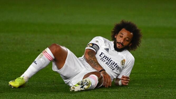 Marcelo es baja y el Madrid se queda con tres defensas del primer equipo