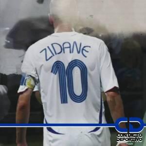 ¡El cabezazo de Zidane! Marcaba una despedida 'injusta' de un crack en el campo de juego