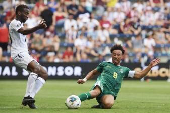 En fotos: Guyana y Trinidad y Tobago se despiden de la Copa Oro con igualada