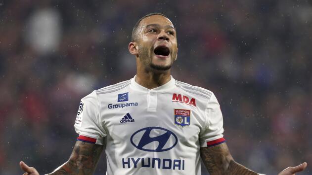 Dos jugadores del Lyon se rompen el ligamento en el mismo partido