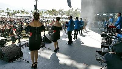 Los Ángeles Azules vuelven a hacer historia y le ponen ritmo de cumbia al festival de Coachella
