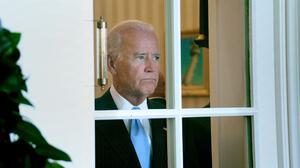 Biden se reúne con 'dreamers' para enviar señal de que la reforma migratoria es una de sus prioridades