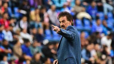 Ricardo La Volpe quiere dirigir a Racing Club