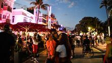 Miami Beach levanta la orden de toque de queda y se acerca a la reapertura total