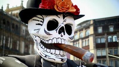 A ritmo de calaveras y catrinas empiezan las celebraciones del Día de los Muertos en México