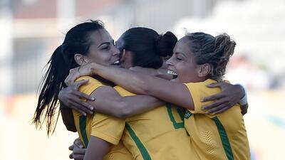 Brasil vence 4-2 a México y va por el oro en futbol femenil