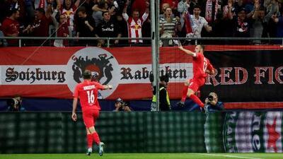 Red Bull Salzburg 6-2 KRC Genk - Resumen y Goles - Grupo E - Champions League