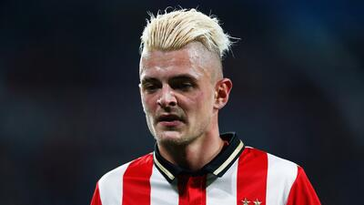 Jugadores del PSV son detenidos por pelea en un bar