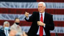 Nuevo brote de covid-19 afecta la campaña republicana, pero Mike Pence sigue adelante con sus actos