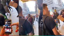 (Video) Joven se cruza con Rihanna en medio de las marchas en Nueva York, hablaron y no la reconoció