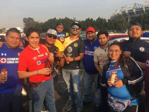 ¡Fiesta capitalina en el Azteca! Así se vive la antesala de la Final Cruz Azul - América