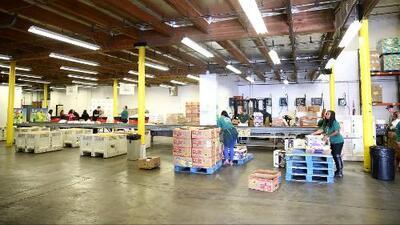 Estos son los servicios que ofrece el Banco de Alimentos de Los Ángeles