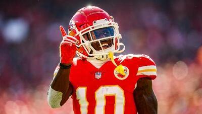 Tyreek Hill podrá jugar la temporada con los Chiefs tras no encontrar pruebas en su contra