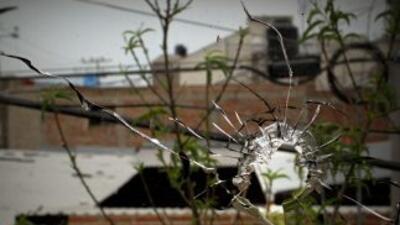¿De dónde saca sus potentes armas el narco en México?