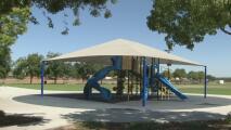 Una bala perdida hiere a joven de 15 años en el condado de Fresno