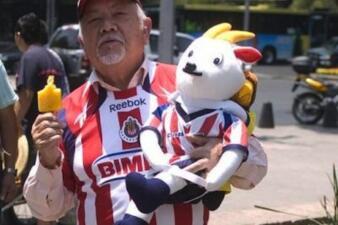 Estos famosos hinchas de Chivas de Guadalajara sueñan con ser campeones en Concacaf