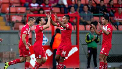 Toluca se impone ante Zacatepec con doblete de Omar Arellano