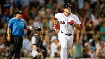 El Jugador Más Valioso de la Serie Mundial vuelve a firmar con los Red Sox