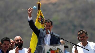 """Guaidó realiza una gira nacional para organizar comandos por la """"libertad"""" y ejercer presión contra el régimen"""
