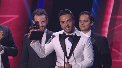 """""""Eres grande, Daddy Yankee"""": Luis Fonsi tras recibir el Latin GRAMMY 2017 por 'Despacito'"""