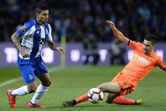 En fotos: Tecatito lateral y Héctor Herrera capitán en la victoria del Porto sobre Boavista