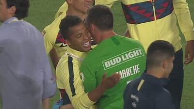 ¡Rencores en el pasado! Gio abrazó a Marchesín por la gesta del título de Campeón de Campeones