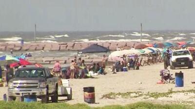 Cinco incidentes en aguas del mar y piscinas del área de Houston prenden las alarmas a días de iniciar las vacaciones de verano