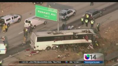 Aparatoso accidente de autobús de turistas deja cinco muertos
