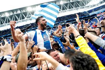 Euforia del Espanyol por pasar a Europa League tras vencer y desplazar a Real Sociedad
