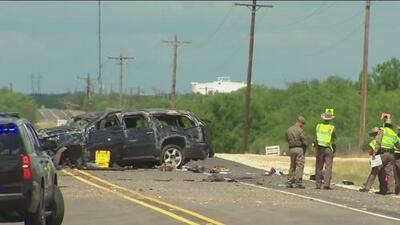 Al menos cinco personas muertas tras el accidente de un auto que transportaba inmigrantes en Texas