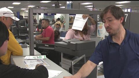 DMV reacciona ante las denuncias de largas esperas en sus oficinas