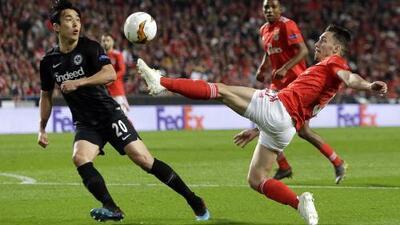 Benfica 4-2 Frankfurt - GOLES Y RESUMEN - IDA - CUARTOS DE FINAL - UEFA Europa League