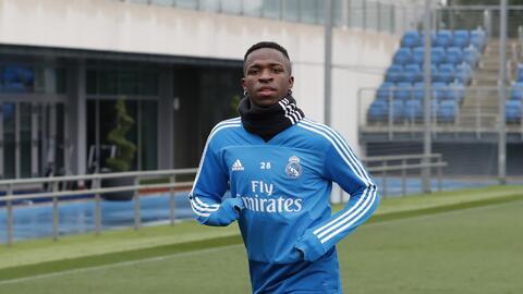 Vinicius ya entrena con regularidad, pero Zidane y los médicos no quieren apresurar su regreso