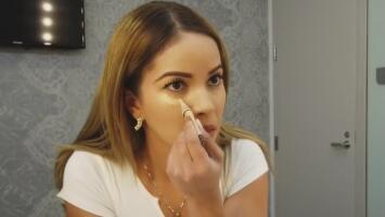 Este sencillo truco de maquillaje te va a servir para cubrir las ojeras y mejorar tu imagen