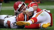 Andy Reid considera que Pat Mahomes pudo seguir ante Browns