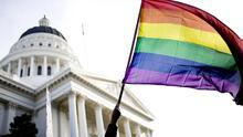 El gobernador Wolf promete vetar proyecto de ley que prohibiría a las niñas transgénero competir en deportes femeninos en Pensilvania