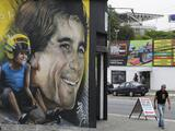 Autódromo de Interlagos celebra 80 años con enorme mural de Senna
