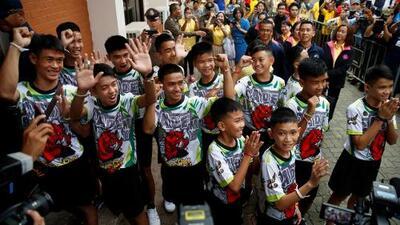 En un minuto: Salen del hospital los niños rescatados de la cueva en Tailandia