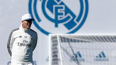 Zidane dirigió su primer entrenamiento en este regreso al Madrid y ya piensa en el Celta