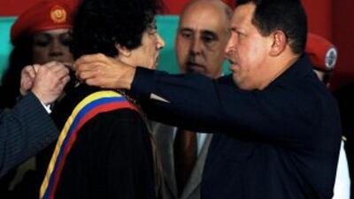 La muerte de Gadafi enluta al gobierno de Chávez