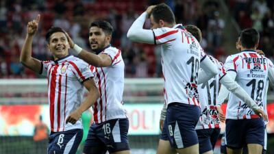 En fotos: Chivas aprovechó el hombre de más ante San Luis para avanzar en la Copa MX