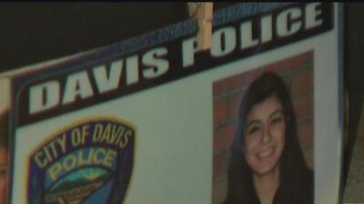 Realizan vigilia para recordar a la oficial caída en Davis